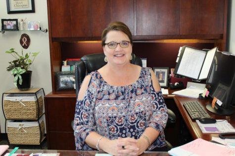 Mrs. Benton: The Full Circle