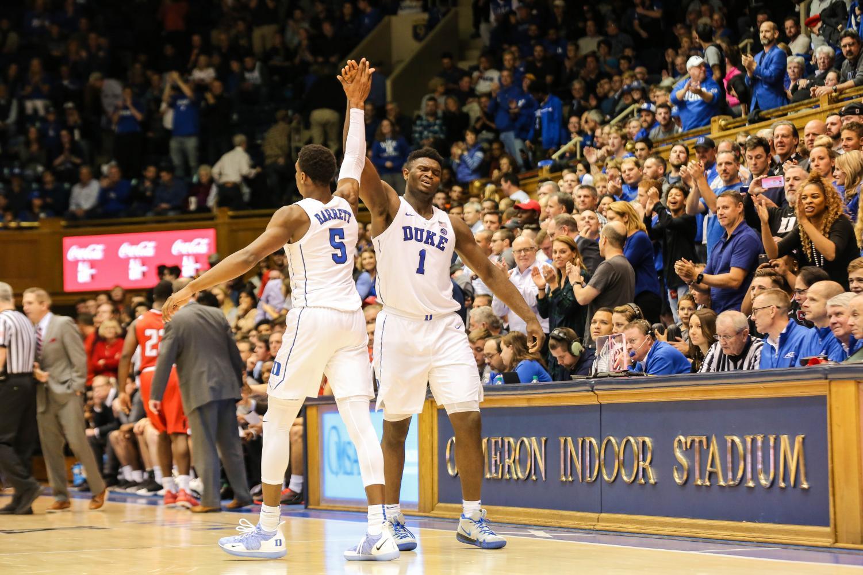 Duke freshmen, RJ Barrett and Zion Williamson get hype on the court. (Creative Commons)