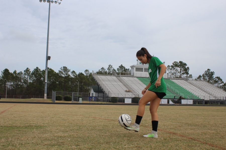 Jessica Barba perfects her strategy during her side practice.