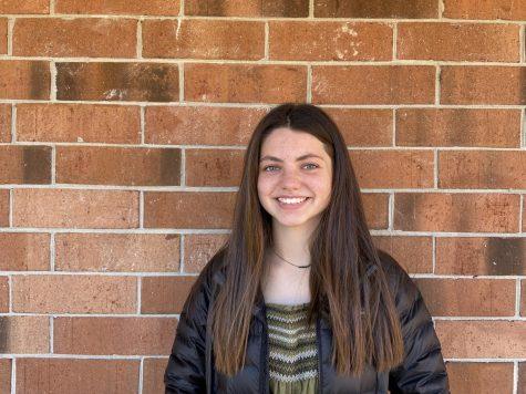 Photo of Lauren Nelson