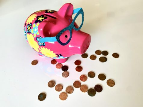 5 Ways to Save Money as a Teen