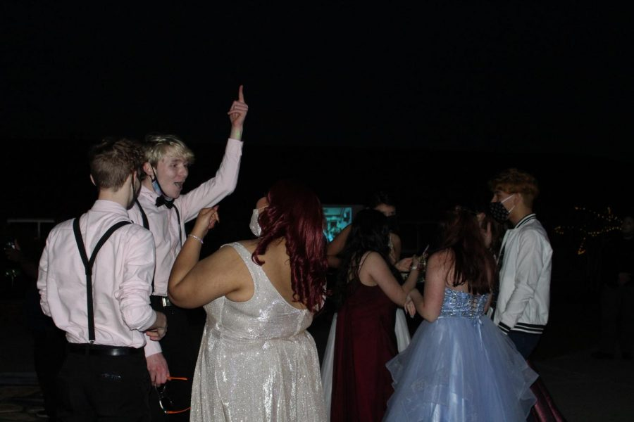 Students enjoying their prom and making the best out of it.