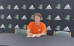 Senior Lauch Murphy Becomes a Fighting Camel!